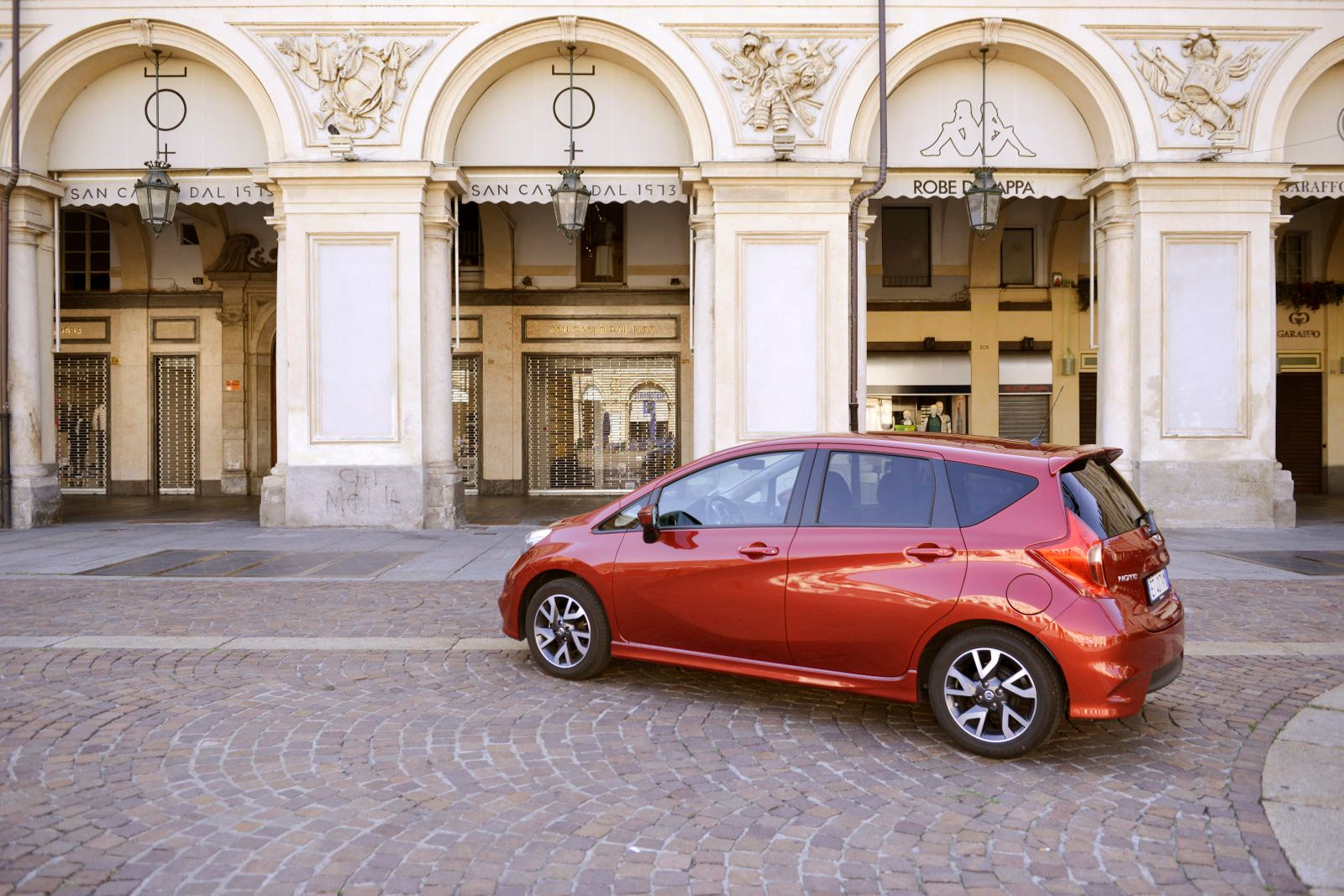 nissan-note-003_01