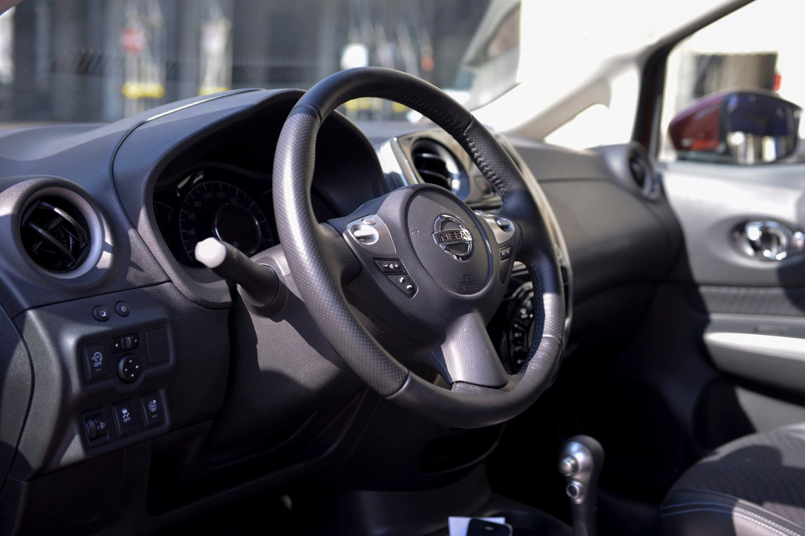 nissan-note-011_01