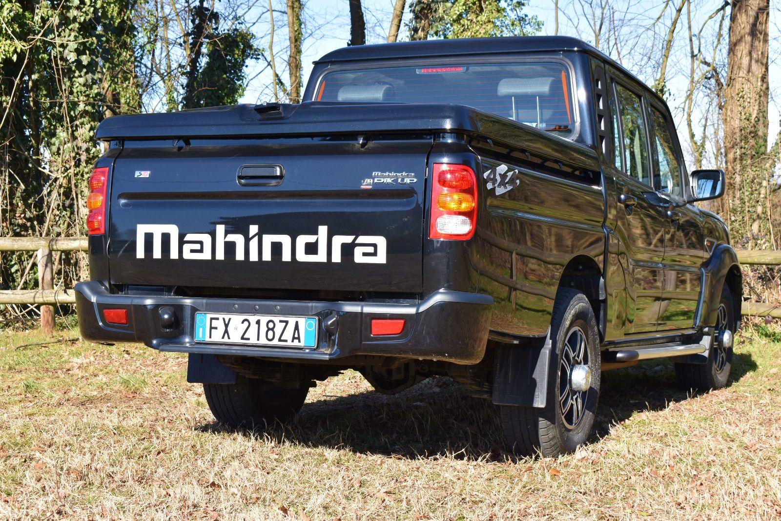 mahindra-029