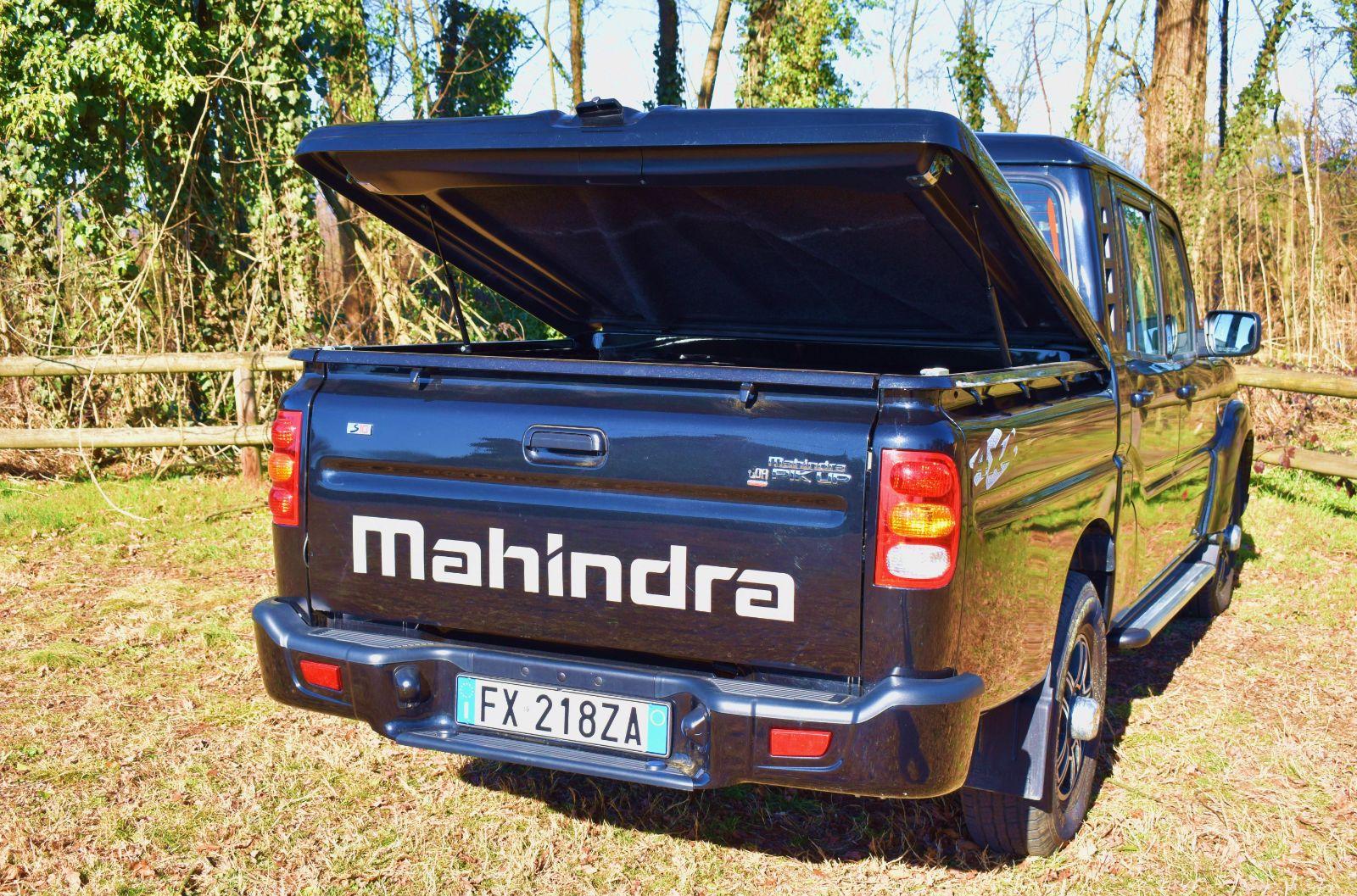 mahindra-038