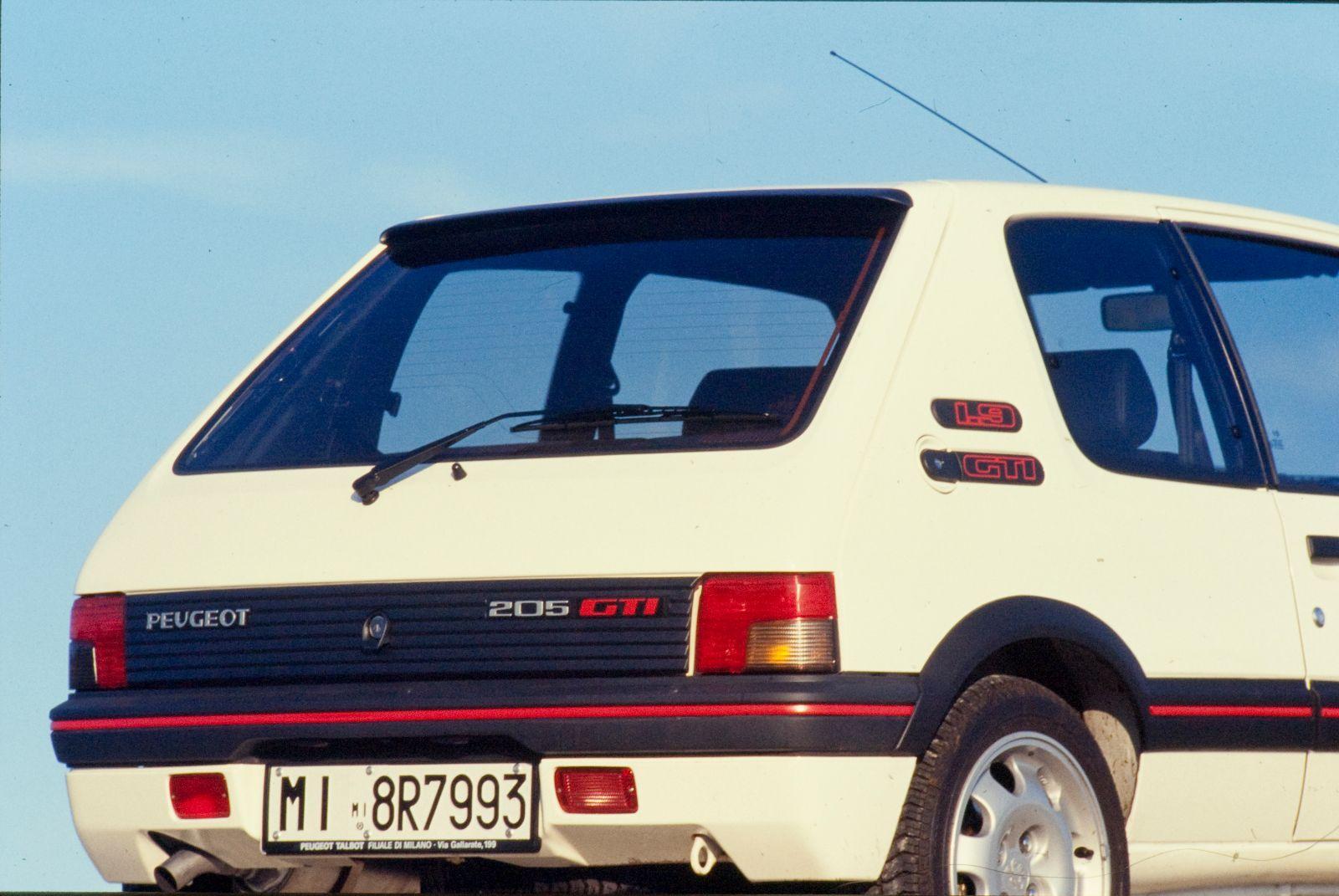 peugeot-205-gti-1-9-1990-6