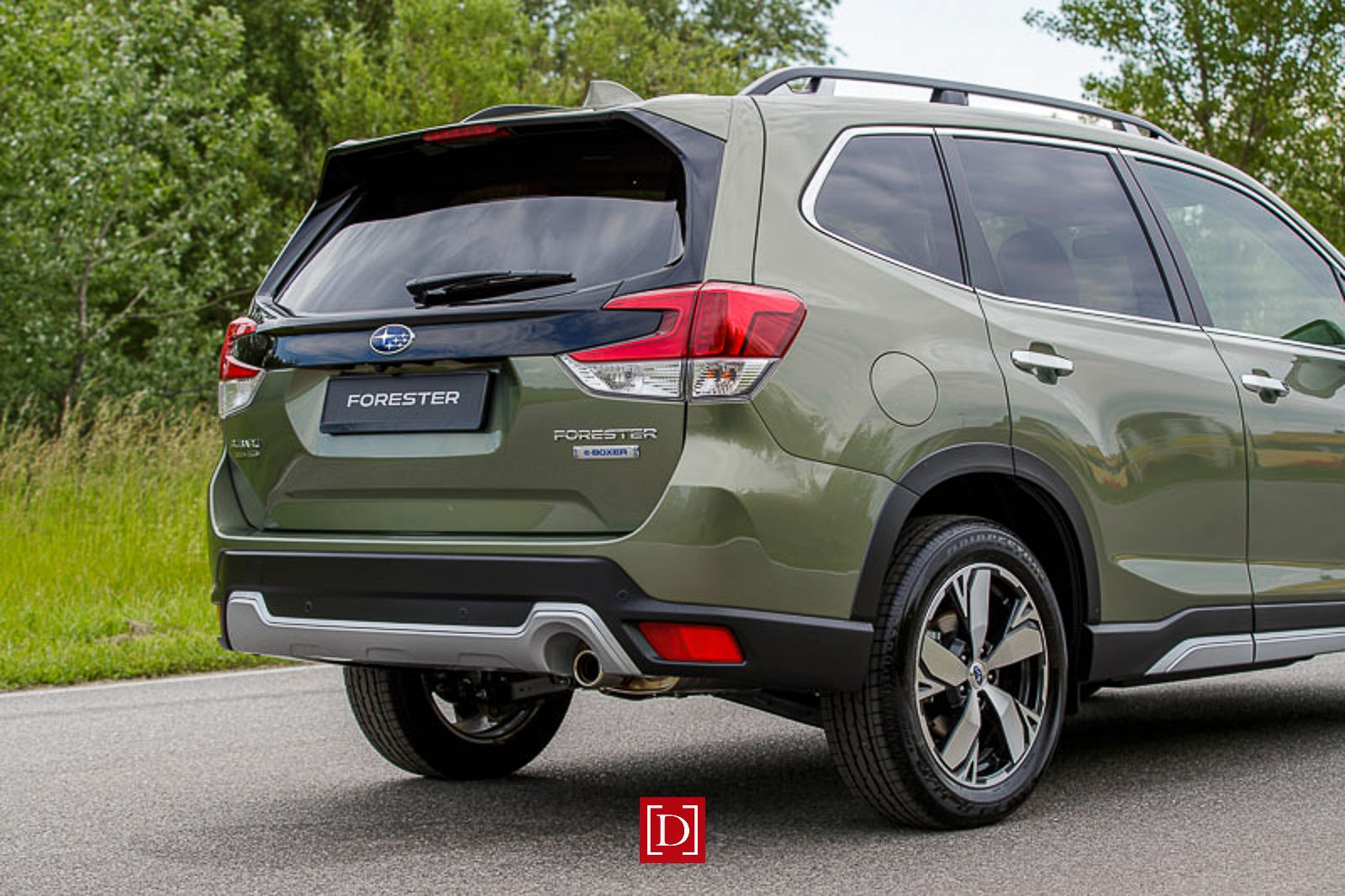 forester-e-boxer_low-032-22807